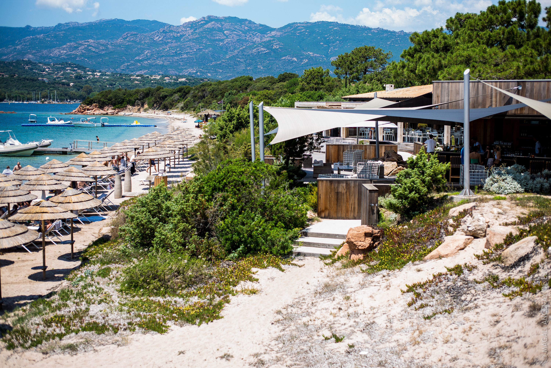 la plage casadelmar eau cristalline et sable blanc quatre saisons au jardin. Black Bedroom Furniture Sets. Home Design Ideas