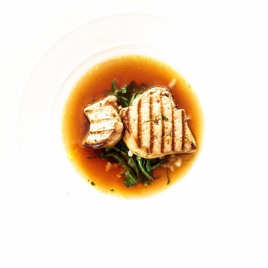 Foie gras, bouillon oignons brûlé, blettes