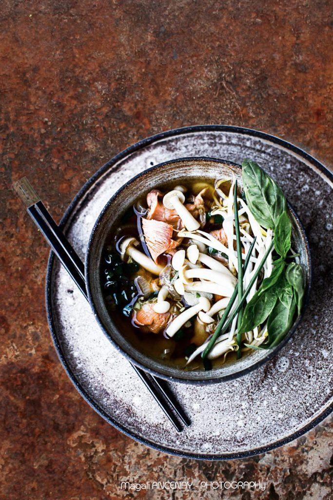 soupe thaï aux champignons - quatre saisons au jardin