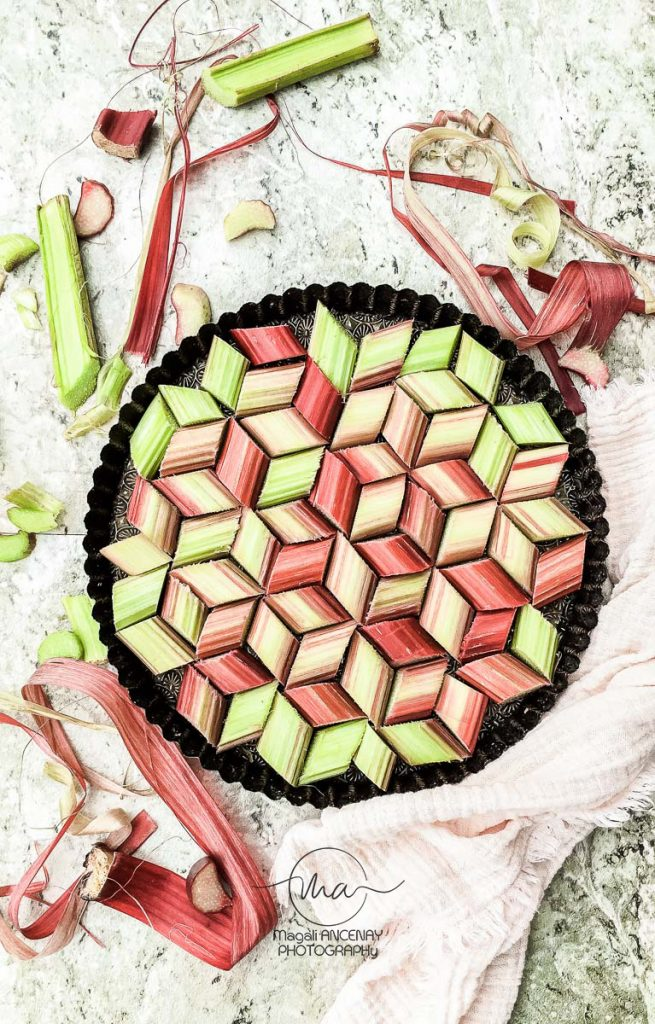 Tarte rhubarbe et son coulis de fraise - Magali ANCENAY Photographe Culinaire