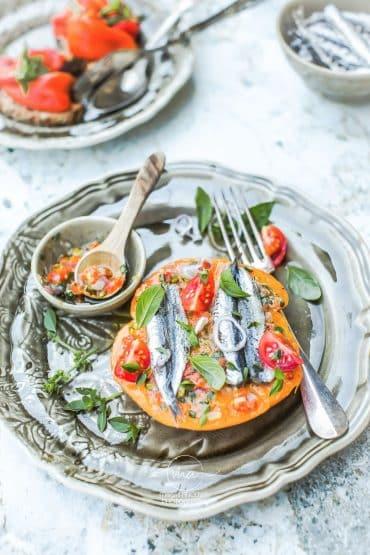 Tomate Ancienne Anchois - Magali ANCENAY photographe culinaire
