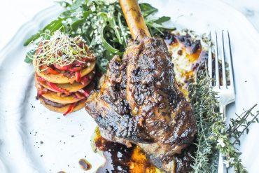 Becquets agneau millefeuille Panisse - Magali ANCENAY Photographe Culinaire