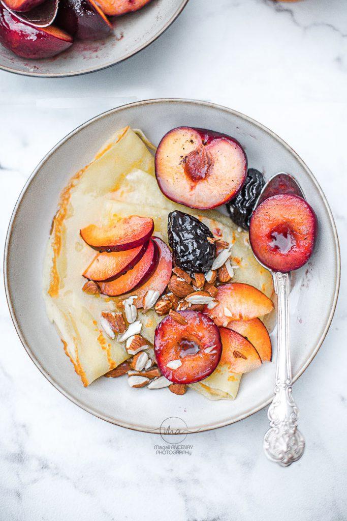 Prunes rôties vanille Grand Marnier - Magali ANCENAY Photographe Culinaire